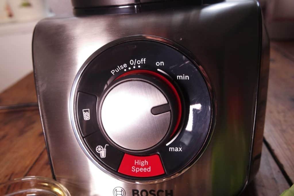 Bosch SilentMixx Pro Standmixer - Nahansicht des Bedienfeldes