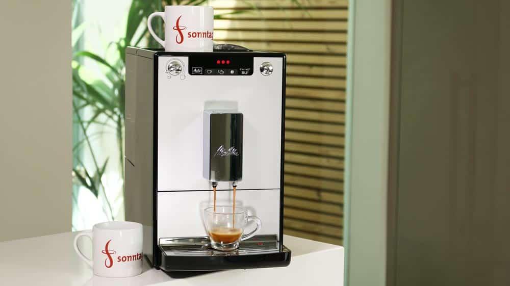 Der Kaffeevollautomat Caffeo Solo von Melitta - Vorderansicht der Maschine,
