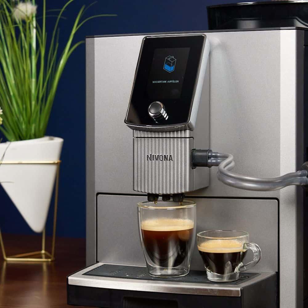 Nivona NICR CafeRomantica 1040 Kaffeevollautomat Kaffee und Espresso