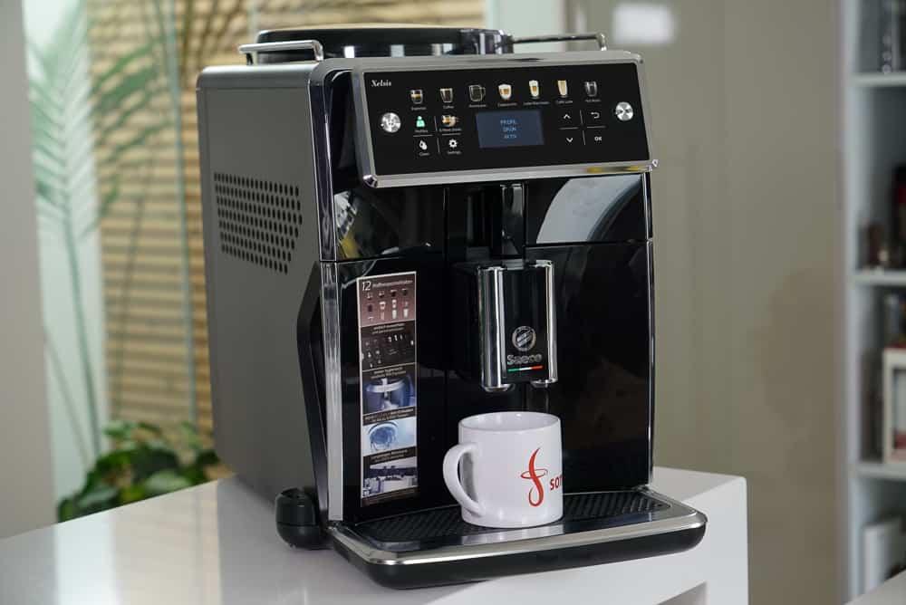Der Saeco Xelsis SM7580 Kaffeevollautomat im Test 2020