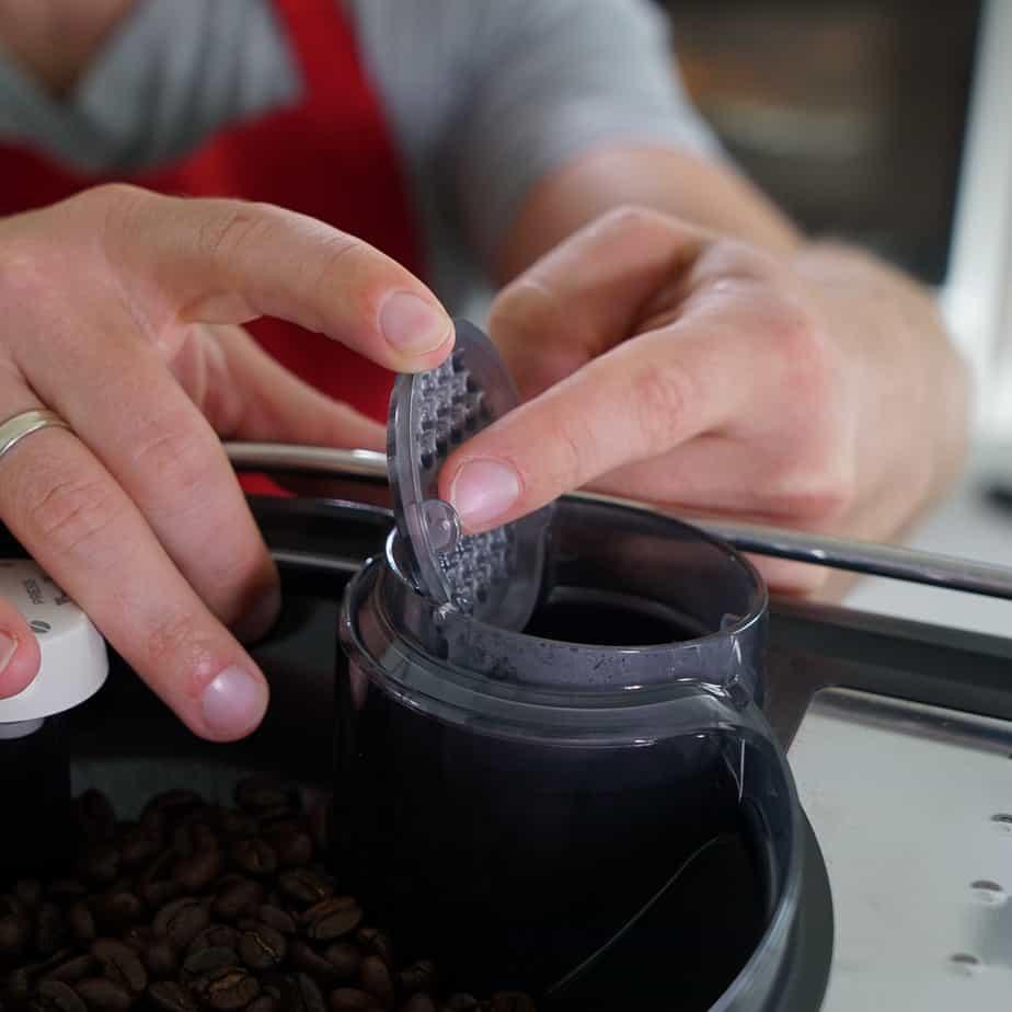 Saeco Xelsis Kaffeepulverfach